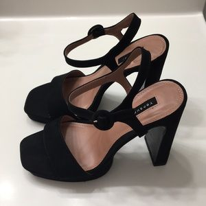 NWT Topshop High Heeled Sandals Size 10